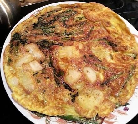 asparagus + potato fritatta